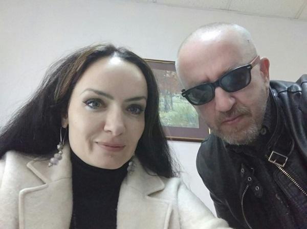 Любовь Грузинова подписывает договор на выпуск альбома!