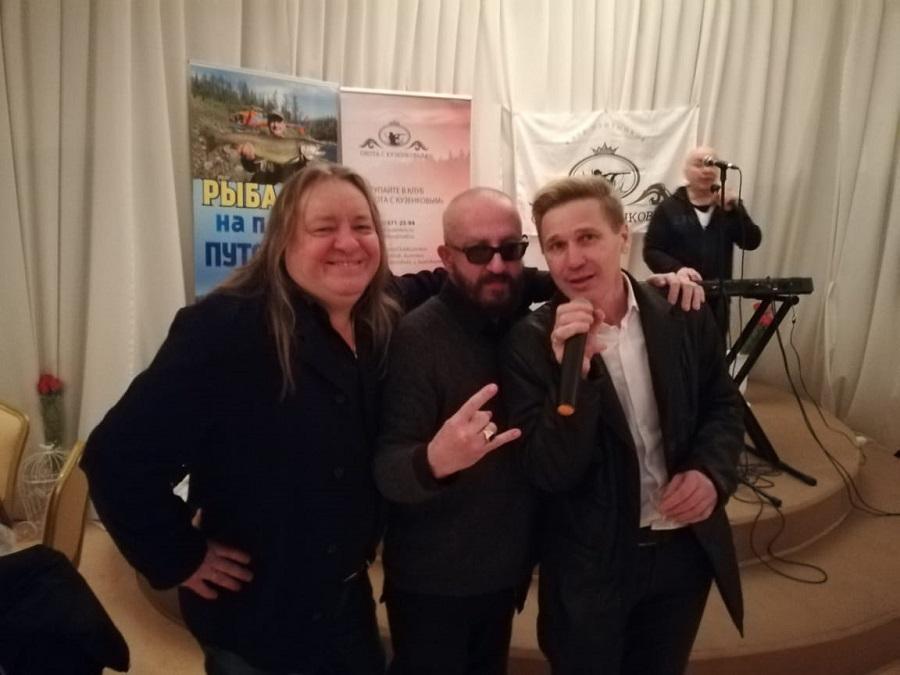праздника бы не было без великолепных певцов и ведущих Андрея Якиманского и Владимира Ефимова, которые без сомнения стали друзьями КЛУБА!